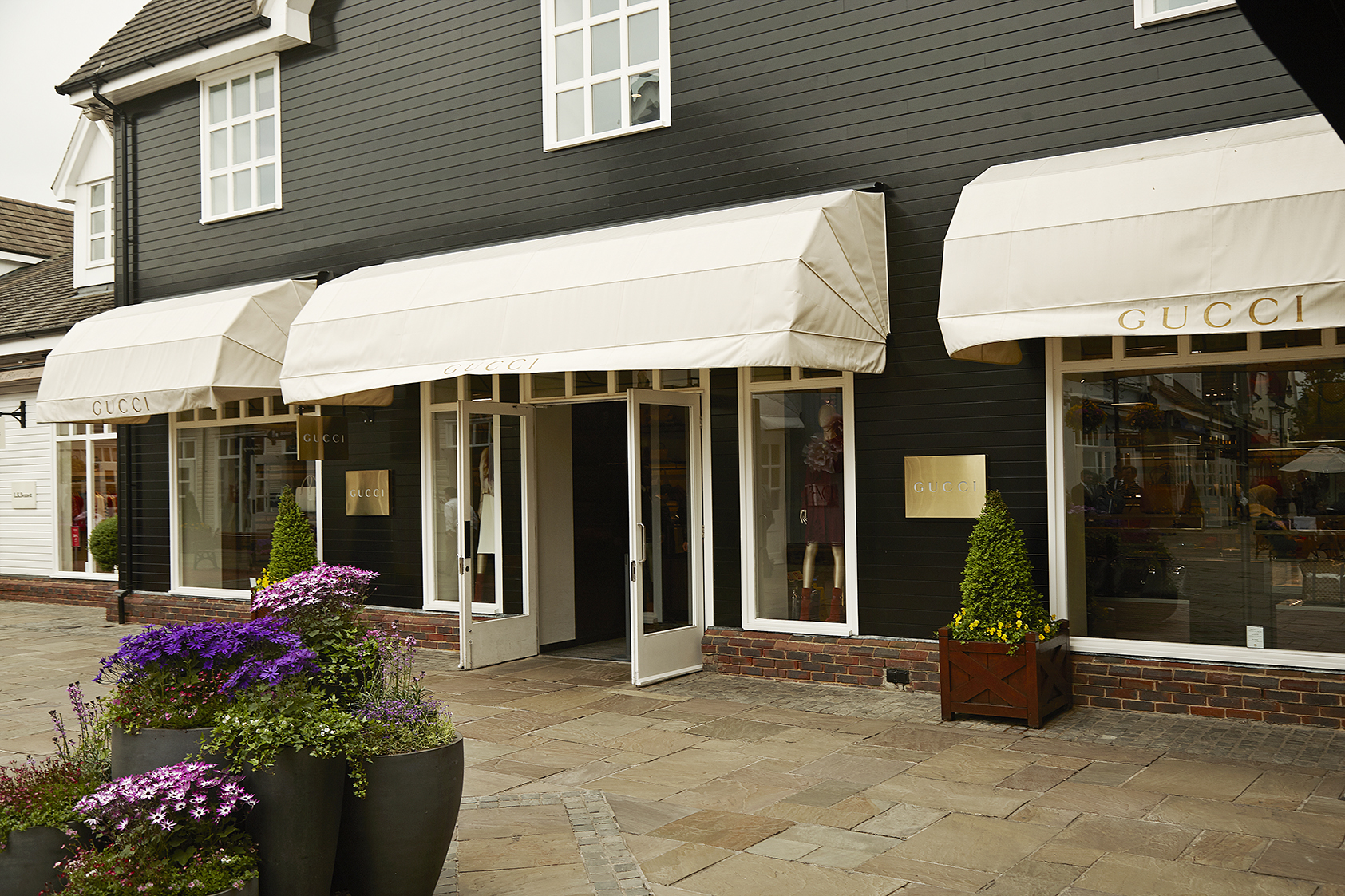 Luxury Retail Security Premises